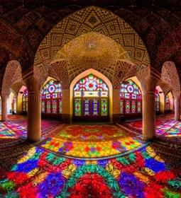 Attack_of_Light_Shiraz_Nasir_Al-Mulk_Mosque_Panorama_by_Mohammad_Reza_Domiri_Ganji