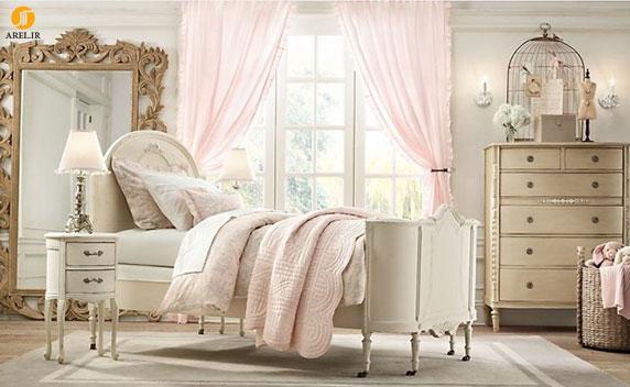 Baby pink antique white girls room 665x409 دکوراسیون های داخلی اتاق خواب دخترانه