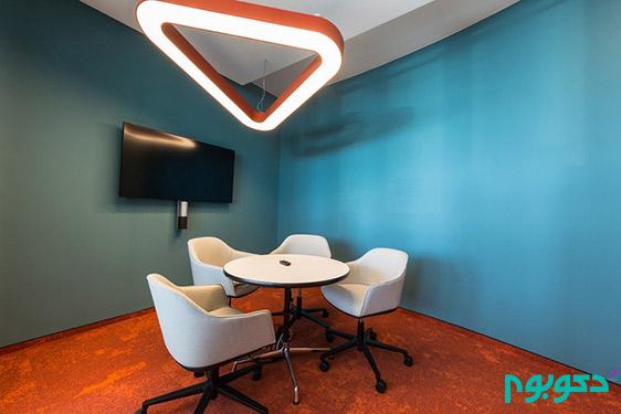 حکمرانی رنگ های جسورانه در دکوراسیون داخلی دفتر کار