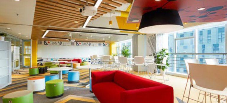 طراحی داخلی دفتر کار تولید نرم افزار در چین