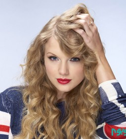 Taylor-Swift-cute-taylor-swift-forever-we-are-super-swifties-35415657-3331-2969