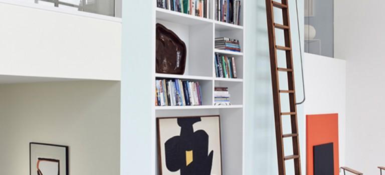 بررسی جای قفسه کتاب در دکوراسیون داخلی با ۹ نمونه