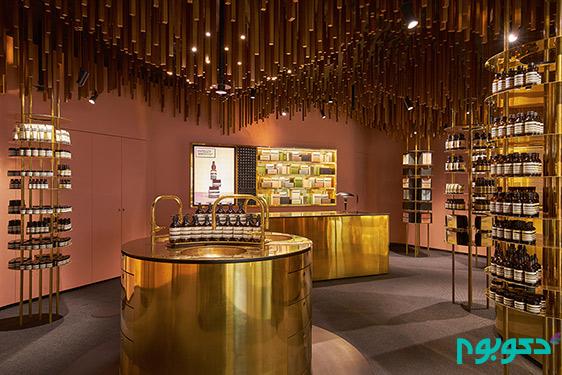 دکوراسیون داخلی فروشگاه و تزیینات چوبی معلق از سقف