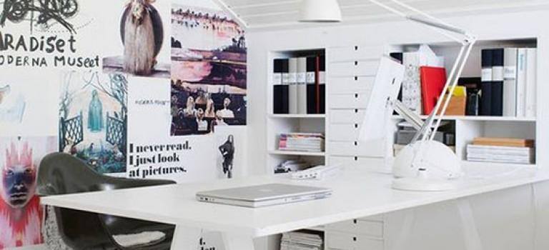 طراحی میز کار با رنگ سفید برای دکوراسیون اتاق خواب یا دفتر کار