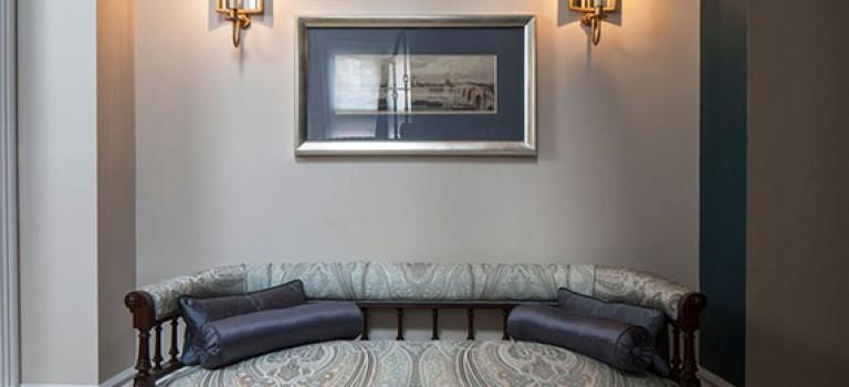 دکوراسیون داخلی یک آپارتمان کلاسیک و لوکس