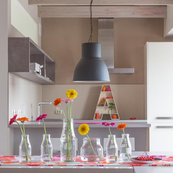 استفاده از رنگهای شاد در دکوراسیون داخلی آپارتمان
