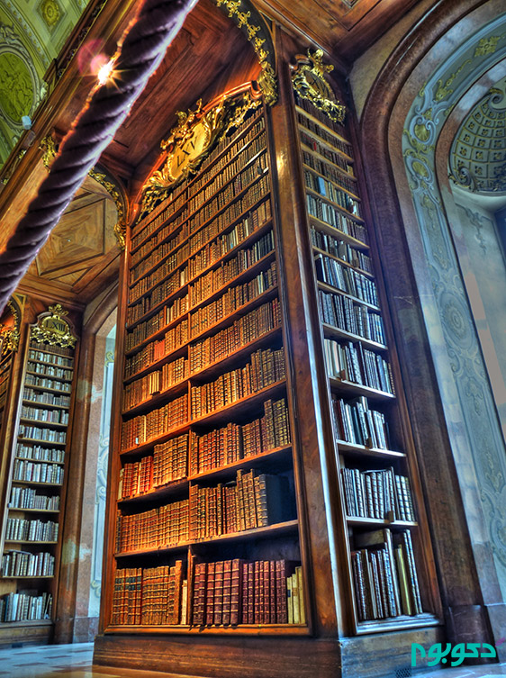 Austrian_National_Library_-_State_Hall_-_Bookcase_LXV_-_July_2009