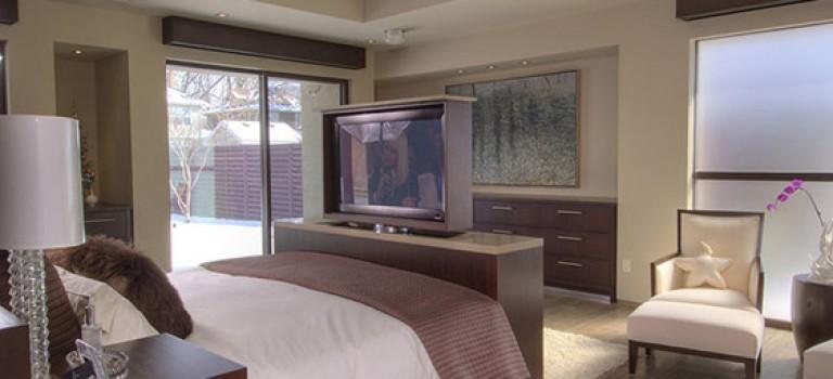 ۸ راه برای قرارگیری تلویزیون در اتاق خواب
