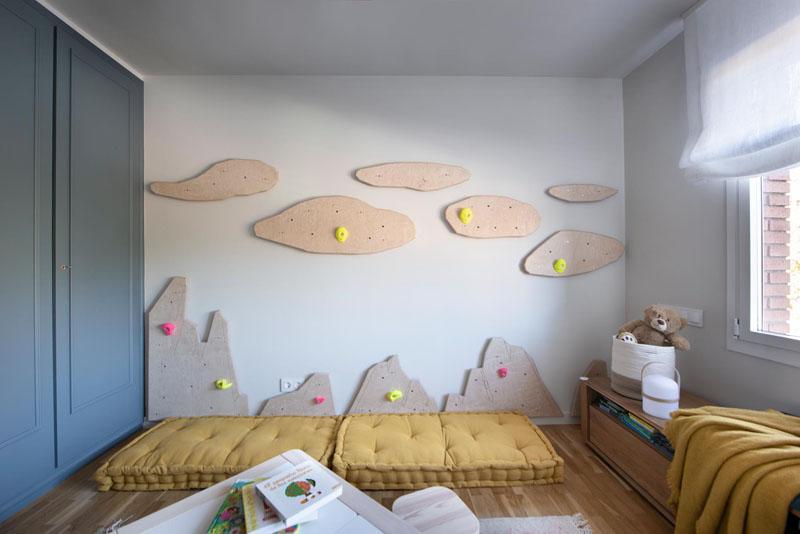 طراحی اتاق کودک با دیوار کوهنوردی
